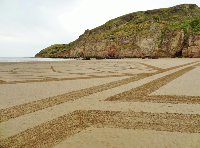 Sand 24